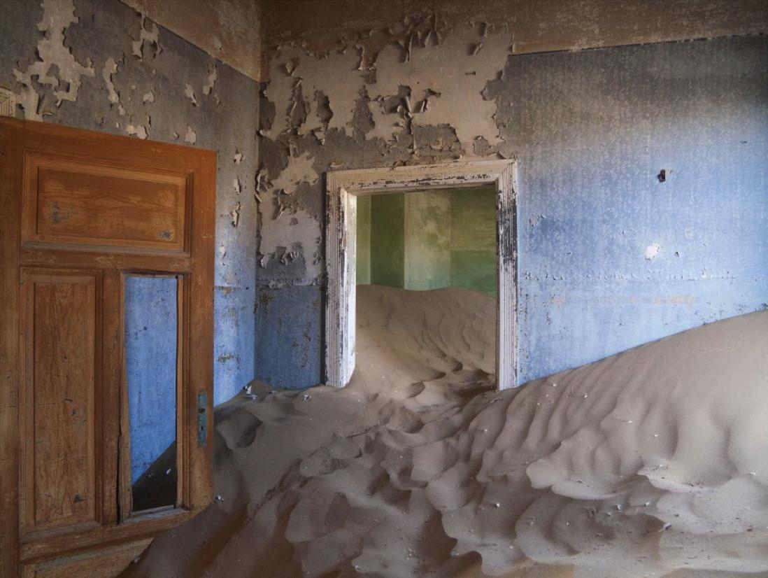 Kolmanskop-Namibia-