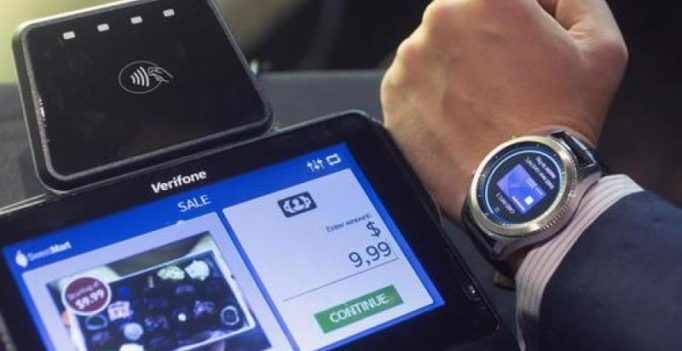 Samsung updates smartwatch, Lenovo ditches laptop keyboard