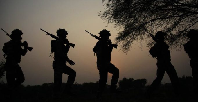 Pak firing kills soldier along LoC, Army retaliates with massive fire assault