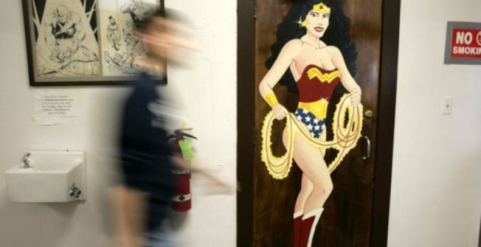 UN under fire for picking comic hero Wonder Woman to lead campaign