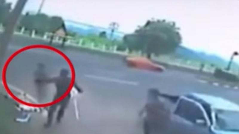 Shocking Video Shows Woman S Soul Leaving Body After