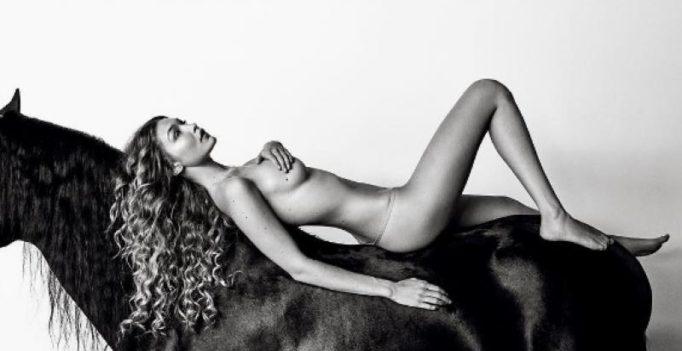 Zayn's supermodel gf Gigi Hadid bares it all, strips down for a magazine!