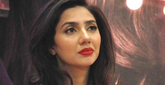 Amid ban on Pak artistes, video of Mahira Khan taking a dig at India goes viral