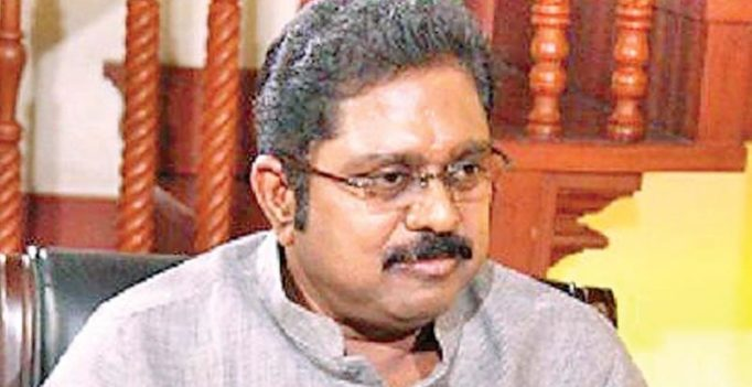 FIR against Dhinakaran for offering bribe for AIADMK 'Two Leaves' symbol