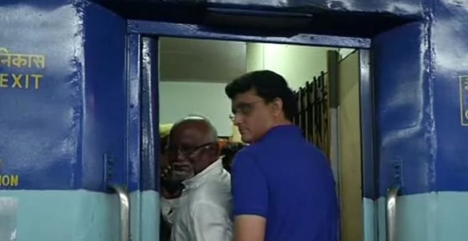 Video: Sourav Ganguly gets into argument with fellow passenger on train