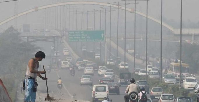 Delhi govt says air quality 'worsening', shuts all schools till Sunday