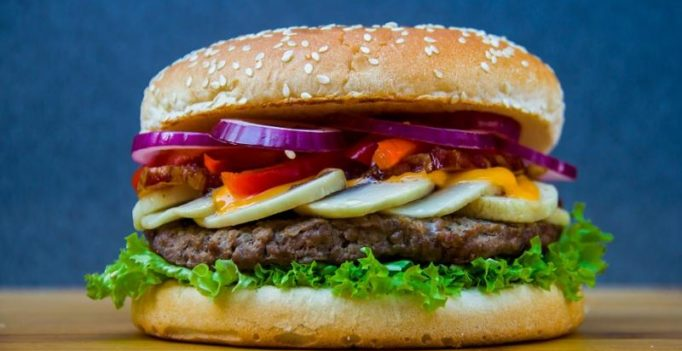 'Big Mac Daddy' eats his 30,000th hamburger; makes it to Guinness World Records