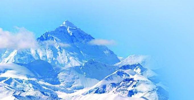 8 Sherpas summit Mt Everest in a first for the season