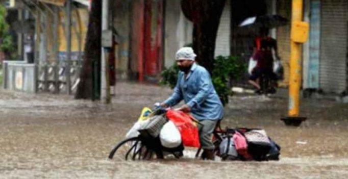 'Dabbawalas' call off duty today as heavy rain continues in Mumbai