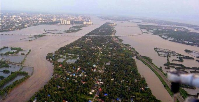 26 dead, red alert sounded in Kerala: CM says flood situation 'very grim'