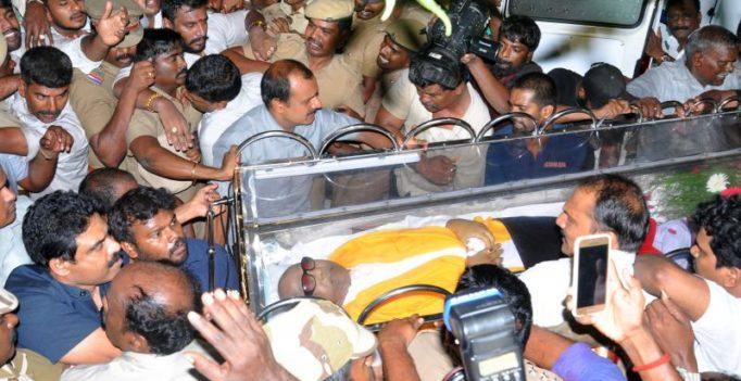 Karunanidhi's burial at Marina: DMK pursuing political agenda, says TN