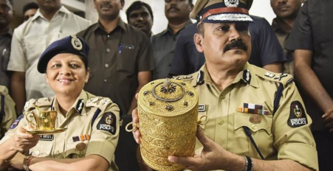 Nizam's gold tiffin box found, thieves made most of museum's poor security