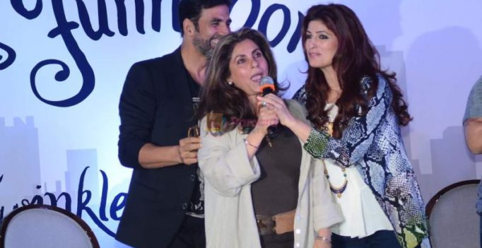 Twinkle supports Tanushree, Dimple accepts Nana's dark side, Akshay works with him