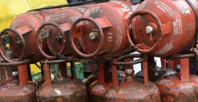 Subsidised LPG price cut by Rs 6.5; market price LPG cut by Rs 133