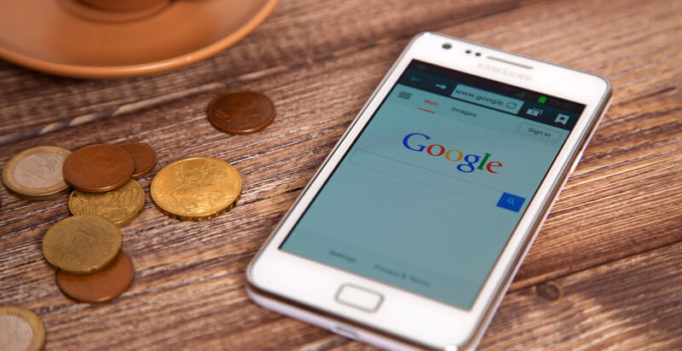 Google Mobile Results Have New Expandable Sitelinks